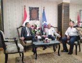 محافظ السويس يلتقي رئيس الاتحاد التونسى لكرة القدم