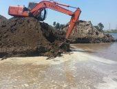 الرى تزيل ردم فى نهر النيل بأسيوط على مساحة 400 متر مكعب