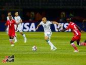 الجزائر ضد كينيا.. بونجاح يتقدم لمحاربى الصحراء بالهدف الأول فى الدقيقة 34