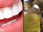 """3 فوائد لاستخدام زيت جوز الهند لتنظيف الأسنان أهمها """"تبييض الأسنان"""""""
