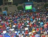 صور.. حشد جماهيرى كبير بنادي ألعاب دمنهور لمتابعة مباراة مصر والكونغو