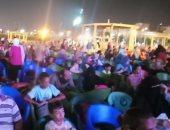 صور..الفتيات والأطفال يتصدرون المشهد بمشاهدة مبارة مصر والكونغو بالقليوبية