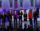 صور.. أول مناظرة للمرشحين الديمقراطيين قبل انتخابات الرئاسة الأمريكية