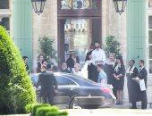 صور.. صوفى تيرنر وجو جوناس يستقبلان ضيوف حفل زفافهما الثاني في فرنسا