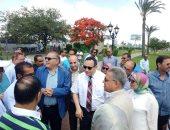 صور..وفد البرلمان ومحافظ الإسكندرية يزورون الحديقة الجديدة بمدخل المحافظة