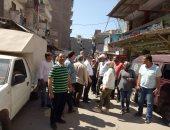 """صور.. وفد البرلمان يرصد تدهور طريق """"أم زغيو"""" بالإسكندرية"""