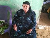 مسنة ببنى سويف تطالب أهل الخير بإعادة بناء منزلها قبل انهياره