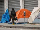 صور.. أكثر من 60 ألف مشرد يفترشون شوارع لوس أنجلوس لعدم وجود مأوى لهم