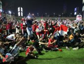 أعضاء مركز شباب الجزيرة يشاهدون مباراة مصر على تايم سبورت