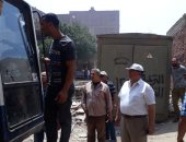 صور.. مصادرة حفار ومعدات بناء فى إيقاف أعمال بناء مخالفة بالمطرية والبساتين