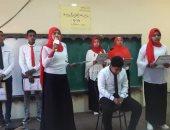محافظ أسوان يقدم التهنئة للفائزين فى مسابقات الصحافة المدرسية (صور)