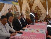 إعادة إعمار وترميم 40 منزلا.. محافظ المنيا يتابع أنشطة لجنة المواطنة بقرية الشيخ مسعود