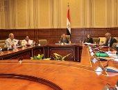 ممثل المالية يستعرض إجراءات الوزارة لضبط منظومة الصناديق الخاصة بالمحليات
