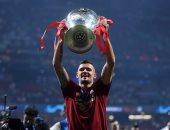 روما يتردد حول اتمام صفقة ديان لوفرين مدافع ليفربول