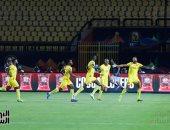 شاهد.. كيف وصل نجوم منتخب بنين إلى ملعب الدفاع الجوى؟