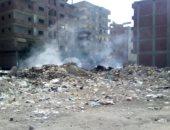 قارئ يشكو تراكم القمامة واشتعالها ذاتيا بمساكن مبارك بالزقازيق
