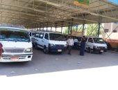 ضبط 22 سيارة أجرة ونقل رمال مخالفة بأسوان