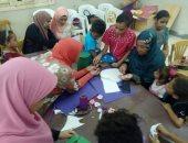 صور.. جامعة الوادى الجديد تنفذ ورش عمل بهدف تنمية مهارات المرأة الريفية بالخارجة