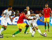 الجزائر ضد كوت ديفوار.. بن سبعيني: هدفنا المربع الذهبي