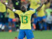 """دانى ألفيس: لاعبو البرازيل يستحقون التتويج بـ""""كوبا أمريكا 2019"""""""
