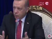 """شاهد..""""مباشر قطر"""" تكشف أكاذيب أردوغان فى التعامل اللاجئين السوريين"""