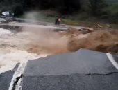 شاهد.. مصرع شخص وأضرار جسيمة بسبب الفيضانات فى إسبانيا