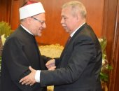 رئيس النيابة الإدارية يستقبل مفتى الجمهورية لتهنئته بالمنصب الجديد