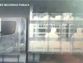 صور.. المكسيك تعثر على مهاجرين داخل شاحنة باستخدام الأشعة السينية