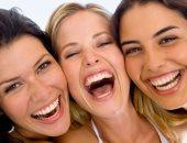 5 حقائق لا تعرفها عن الضحك.. منها يحرك 12 عضلة بالوجه ويحرق الدهون