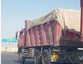 شكوى من سير سيارات النقل الثقيل بطريق السويس نهارا