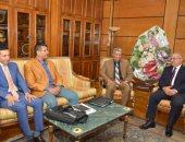 صور .. رئيس جامعة أسيوط يستقبل رئيس هيئة تنمية الصعيد
