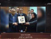شاهد..والدة الشهيد عمر القاضى: ابنى كان يقول لى دائماً أنت أم الشهيد