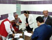 صور.. نائب محافظ البحيرة تتفقد أعمال مبادرة صحة المرأة بمدينة دمنهور