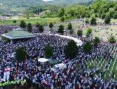 شاهد.. احتشاد الآلاف فى مدينة سريبرينيتسا تخليدًا لمذبحة البوسنة