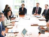 وزيرة السياحة تعقد اجتماعا بمسئولى مؤسسة التمويل الدولية ومجموعة البنك الدولى