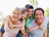 تجنب النقد وعبر عن حبك.. حاجات لازم تعملها مع عائلتك