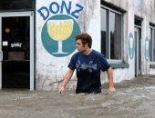 سيول عارمة تضرب نيو أورليانز الأمريكية مع وصول الإعصار بارى
