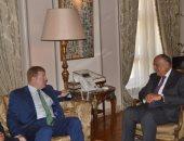 وزير الخارجية يبحث مع نائب رئيس غرفة التجارة الأمريكية سبل التعاون الاقتصادى
