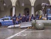 شاهد.. الشرطة الإيطالية تعثر على صاروخ قطرى أثناء اقتحامها لمخزن أسلحة