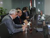 البيئة تبحث مع محافظ بغداد وسفير العراق نقل التجارب المصرية فى حماية البيئة
