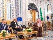 سياسى سعودى: الرياض معنية بإعادة لبنان إلى محيطه العربى