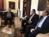 محافظ الإسكندرية يبحث إطلاق أول رحلة حجاج إيطاليين من جزيرة صقلية لمصر
