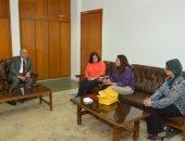 رئيس جامعة أسيوط : انشاء مركز للتدريب المهنى بالتعاون مع الجامعة الأمريكية