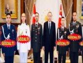 صورة.. فى الذكرى الثالثة للانقلاب المزعوم بتركيا: أردوغان يلقى رجاله بالسجن