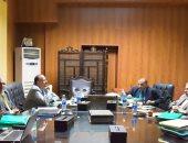 رئيس جامعة بنى سويف يترأس لجنة تقييم المرشحين لعمادة التربية الرياضية والزراعة