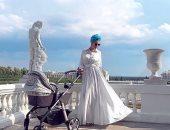 ملكة جمال روسيا السابقة تكشف قصة حبها مع ملك ماليزيا وتقدم طفلها للعالم