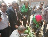 محافظ أسيوط: حملة تشجير ونظافة بقرية شقلقيل بأبنوب وزراعة 100 شجرة مثمرة