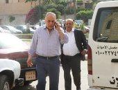 أشرف زكى ومجدى أبو عميرة يشيعان جثمان زوجة رشوان توفيق