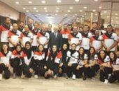 صور.. سفير مصر بالمجر يزور بعثة السلاح فى بطولة العالم