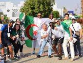 شاهد.. احتفالات هيستيرية للجماهير الجزائرية في مارسيليا بفرنسا